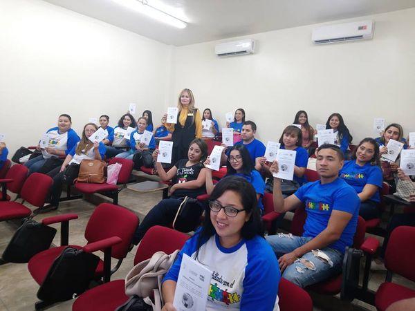 Primer conferencia: Programa ¨Sensibilízate con el Autismo¨